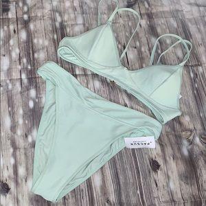 La hearts bikini set in mint ☀️